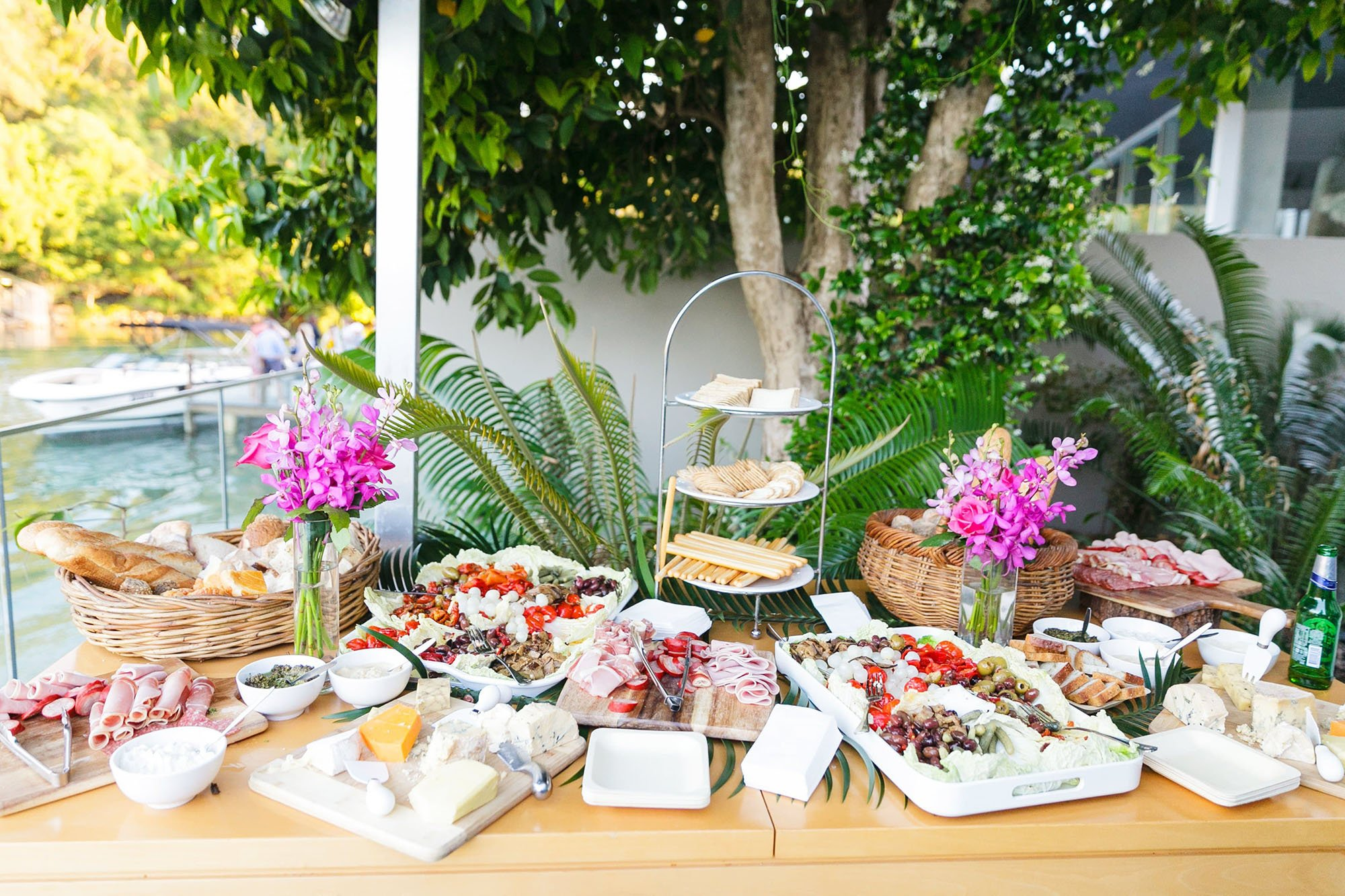 WEDDING AND EVENT FOOD TRENDS 2019